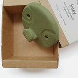 Studio Daphne Zuilhof Nosy mask hook groen