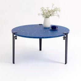 TIPTOE PACIFICO recycled plastic koffietafel in blauw (3 poten)