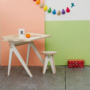 Plyconic Plyve Childs desk