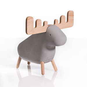 Korridor design concrete animals moose